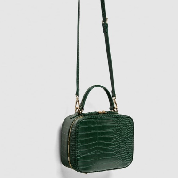 Zara Green Alligator Crossbody Bag. M 5a65381885e605cb30b75058 fded4bac1a